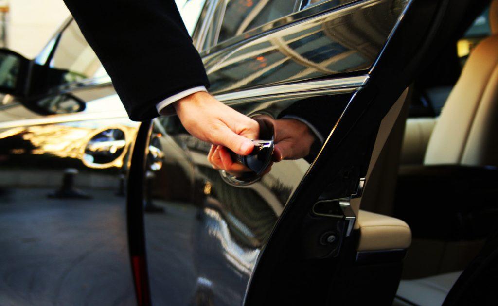 Your chauffeur Driven Limo Service Provider